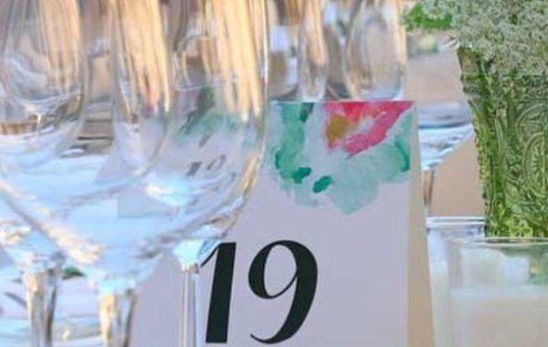 Número de mesa entre copas