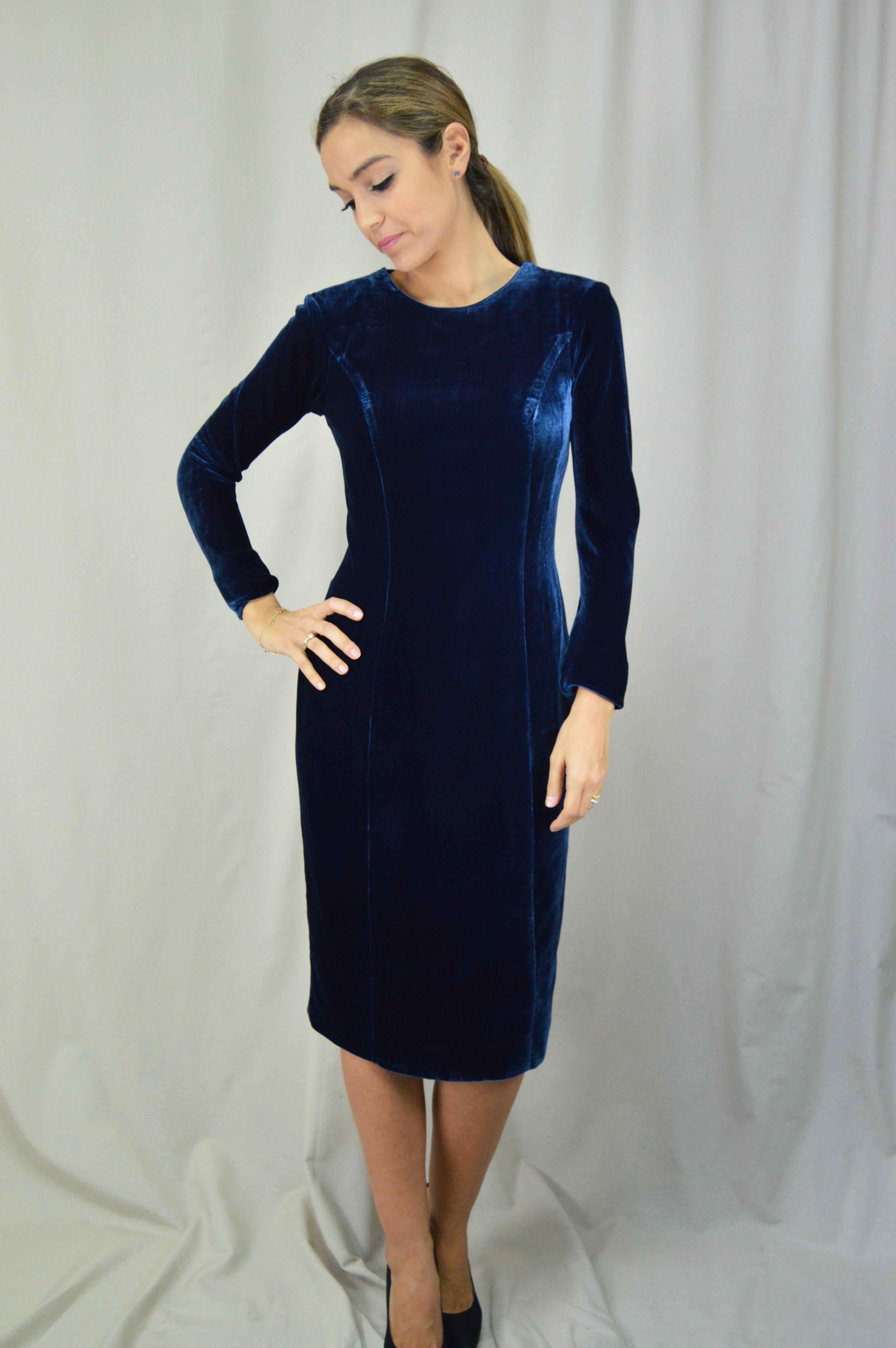 Vestido Terciopelo Azul Cherubina