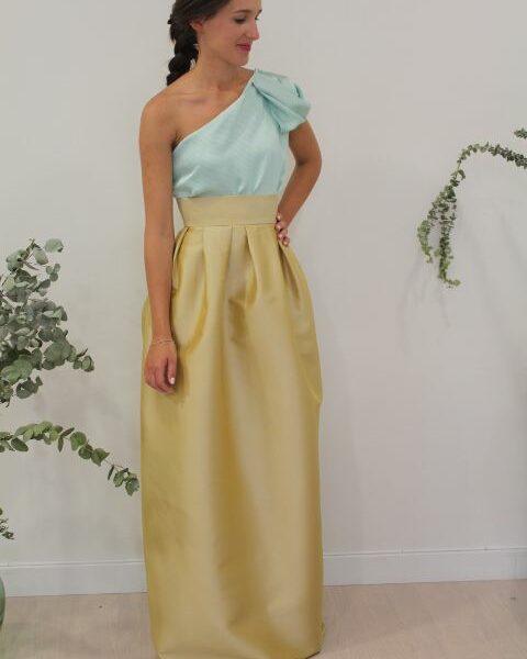 Falda larga dorada