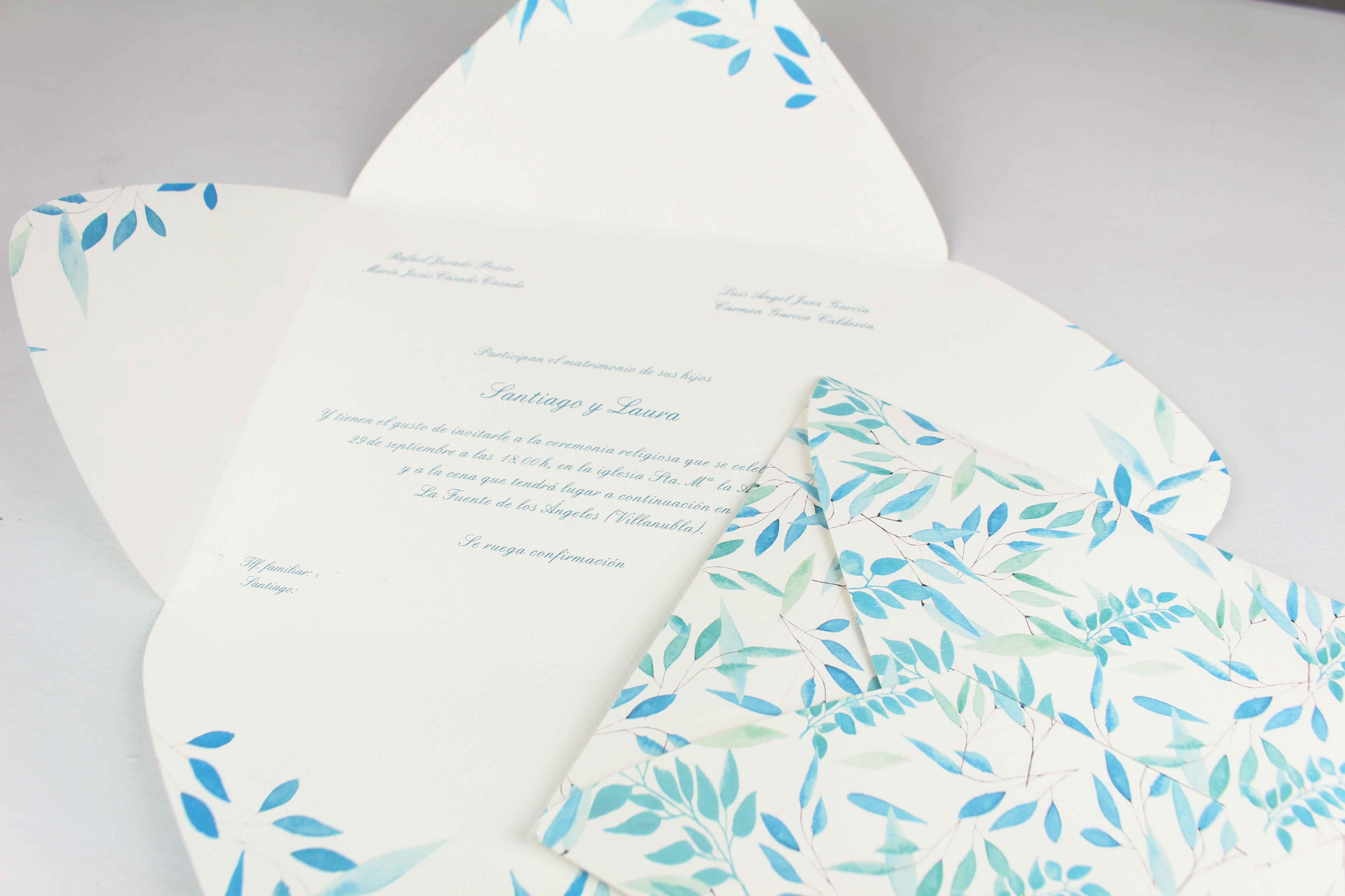 """Invitación-sobre de boda """"Hojitas azules"""""""